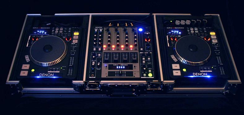 DJ пулт